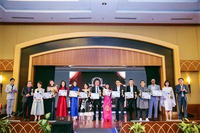 Vsetgroup vinh dự nhận giải thưởng lớn trong dịp đầu năm mới 2019 - ảnh 1