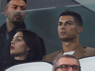 """Ronaldo thừa nhận có """"quan hệ"""" với người tố hiếp dâm - ảnh 1"""