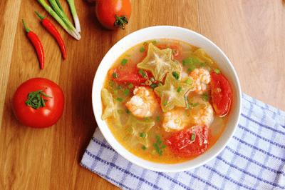Món ngon mỗi ngày: Canh tôm chua nấu khế giải ngán sau Tết - ảnh 1