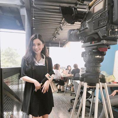 Điểm danh 3 nữ biên tập viên VTV tuổi trẻ tài cao đang được lòng người hâm mộ - ảnh 1