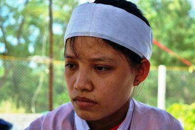 Nữ sinh đeo hai vành tang đi thi đã đỗ đại học, giữ lời hứa trước vong linh cha và bà nội - ảnh 1