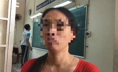 """Cô giáo """"im như thóc"""" lại bị đình chỉ vì ném vở học sinh - ảnh 1"""