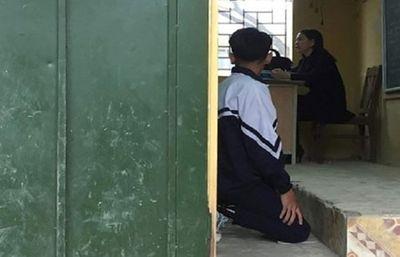 Vụ phạt học sinh quỳ gối ở Hà Nội: Cô giáo là người tâm huyết với học trò - ảnh 1