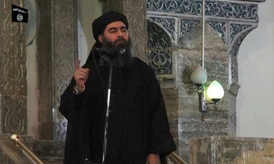 Thủ lĩnh tối cao IS bất ngờ xuất hiện, ra lệnh hành quyết 320 thuộc hạ - ảnh 1