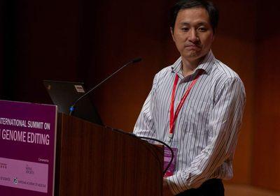 """Nhà khoa học Trung Quốc tạo ra cặp song sinh chỉnh sửa gen """"mất tích"""" bí ẩn  - ảnh 1"""