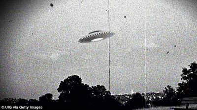 Đoạn băng ghi âm hé lộ sự thật việc đĩa bay xuất hiện ở Australia cách đây 50 năm - ảnh 1