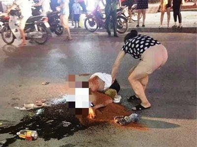 Thanh Hóa: Cô gái trẻ bị đánh ghen kinh hoàng, đổ nước mắm, ớt bột lên người - ảnh 1