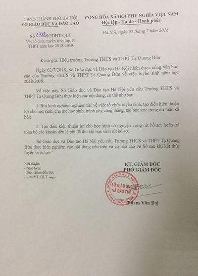 Sở GD-ĐT Hà Nội: Yêu cầu trường Tạ Quang Bửu hoàn trả lệ phí khi thí sinh rút hồ sơ - ảnh 1