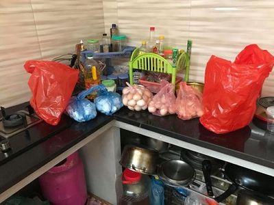 Chồng khoe vợ đẻ 2 ngày được biếu 330 quả trứng gà, dân mạng bày cách