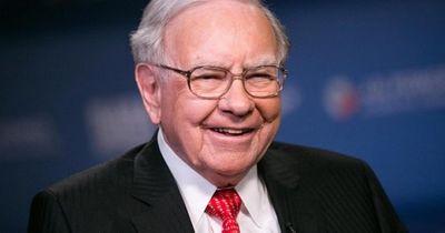 Sẵn sàng chi hơn 3 triệu USD để được ăn trưa cùng tỷ phú Mỹ Warren Buffett - ảnh 1