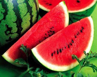 Những chú ý khi ăn dưa hấu để không làm tổn hại sức khỏe - ảnh 1