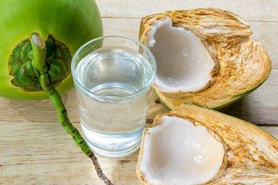Những thực phẩm ngăn ngừa đột quỵ do nắng nóng - ảnh 1