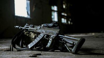 Nga tố Mỹ 'trộm cắp' khi có ý định sản xuất súng máy nhái  - ảnh 1