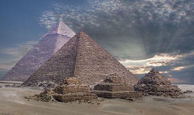 Sốc: Người Ai Cập cổ đại xây dựng kim tự tháp bằng điện? - ảnh 1