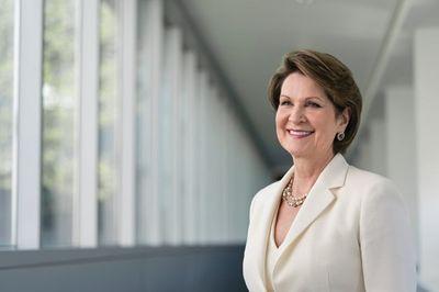 Forbes công bố danh sách 10 người phụ nữ quyền lực nhất hành tinh - ảnh 1