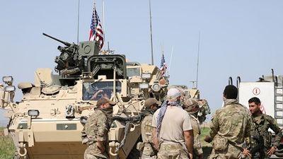 Mỹ bất ngờ ra tuyên bố mới về điều kiện rút quân khỏi Syria  - ảnh 1