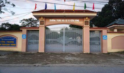 Chuyện học đường - Gần 100% phụ huynh, giáo viên một trường học nhất quyết xin bỏ chương trình trường học mới