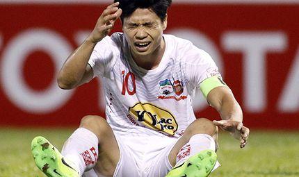 Bóng đá - Công Phượng dính chấn thương, có thể sẽ phải nghỉ 1-2 vòng đấu V-League