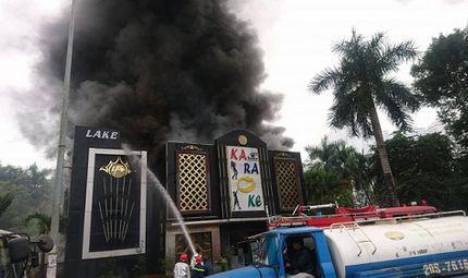 Tin trong nước - Hà Nội: Cháy quán karaoke gần khu đô thị Linh Đàm
