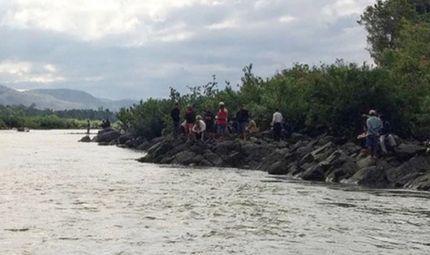 Tin tức - Tìm thấy thi thể 3 học sinh bị đuối nước dưới sông