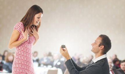 Tin tức - Lý do bất ngờ người phụ nữ được chồng cầu hôn lần 2 sau 10 năm chung sống