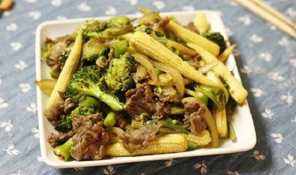 Tin tức - Món ngon mỗi ngày: Thịt bò xào ngô bao tử và súp lơ xanh nhanh gọn lại ngon cơm