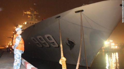 Toàn cảnh cuộc tìm kiếm máy bay Malaysia mất tích qua ảnh - Ảnh 5