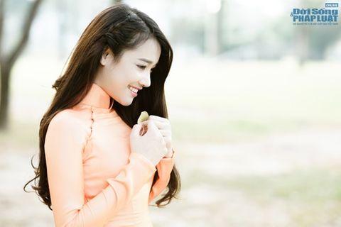 Nhã Phương được báo Hàn Quốc khen xinh đẹp, diễn xuất tốt - Ảnh 7