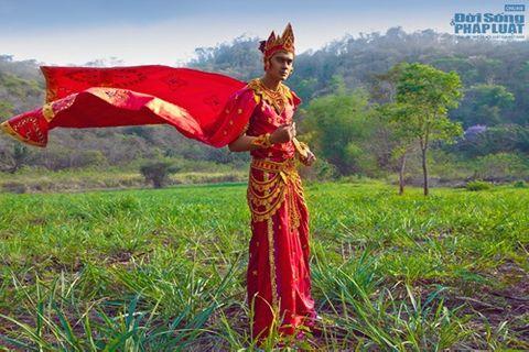 Hữu Vi nổi bật với trang phục dân tộc tại Mister Global 2014 - Ảnh 2