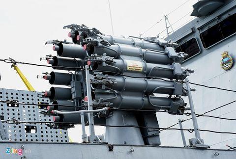Tàu tàng hình tấn công mặt đất và trên biển hiện đại nhất Ấn Độ cập cảng Đà Nẵng - Ảnh 4