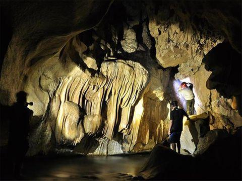 Lại phát hiện hang động tuyệt đẹp gần bằng hang Sơn Đoòng ở Bắc Kạn - Ảnh 8