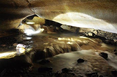 Lại phát hiện hang động tuyệt đẹp gần bằng hang Sơn Đoòng ở Bắc Kạn - Ảnh 9