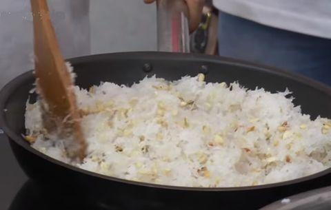 Cách làm bánh trung thu sữa dừa - nhân bánh