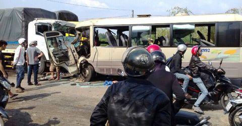 Tin trong nước - Tin tai nạn giao thông mới nhất ngày 3/5