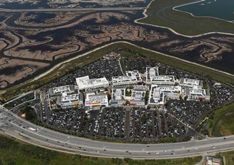 Công nghệ - Facebook phải đầu tư 20 triệu USD để xây nhà tại thung lũng Silicon