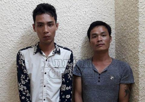 An ninh - Hình sự - Bắt nhóm đối tượng đâm vào mặt tài xế, cướp taxi trong đêm