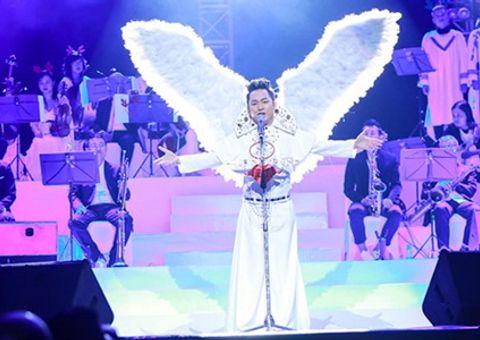 Tin tức - Tùng Dương bất ngờ hát Bolero khiến khán giả ngỡ ngàng