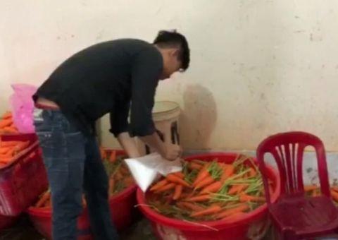 Tin tức - Bắt quả tang cơ sở dùng hóa chất tẩy trắng 6,3 tấn củ cải, cà rốt