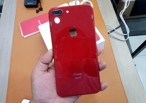 Tin tức - iPhone 8 Plus màu đỏ có giá khởi điểm 23 triệu đồng