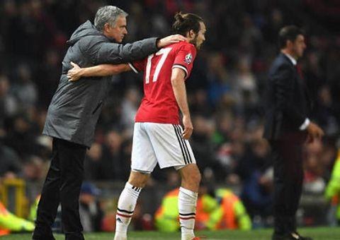 HLV Mourinho: Daley là một trong số những cầu thủ chuyên nghiệp nhất cả trong và ngoài sân cỏ