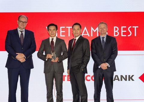 """Techcombank nhận giải thưởng danh giá """"Ngân hàng tốt nhất Việt Nam năm 2018"""" từ Euromoney"""