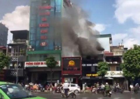 Tin tức - Cháy lớn tại nhà hàng ăn uống trên phố Kim Mã, Hà Nội