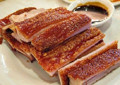 Tin tức - Món ngon mỗi ngày: Thịt ba chỉ quay ngũ vị hương vừa thơm, vừa giòn