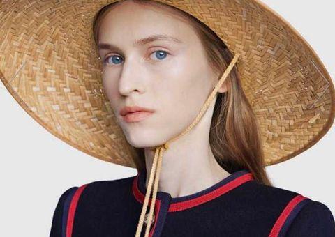 Hết nhang thơm, dép rọ, Gucci lại quay sang bán mũ rơm giá hơn chục triệu đồng