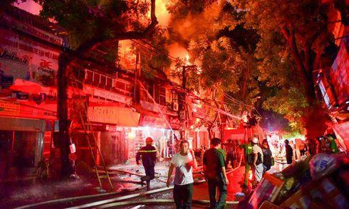 Hai nạn nhân bí ẩn tử vong trong vụ cháy gần Bệnh viện Nhi Trung ương là ai?