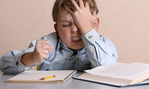 9 dấu hiệu cảnh báo trẻ tăng động giảm chú ý mà ba mẹ thường bỏ qua