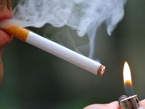Người dân Mỹ sẽ bị cấm hút thuốc ngay tại nhà riêng? - Ảnh 1