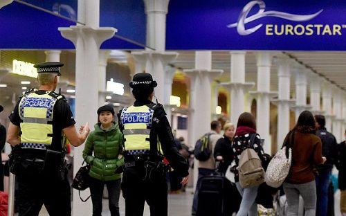 Vụ khủng bố ở Pháp: Anh lo ngại trở thành mục tiêu tiếp theo - Ảnh 1