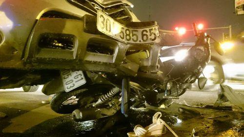Khởi tố tài xế vụ tai nạn liên hoàn ở đường Phạm Hùng - Ảnh 1
