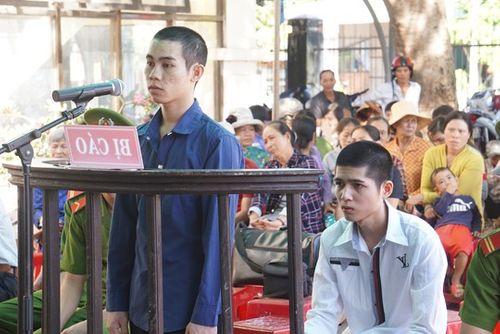 18 tháng tù cho hai nam thanh niên trốn nghĩa vụ quân sự - Ảnh 1